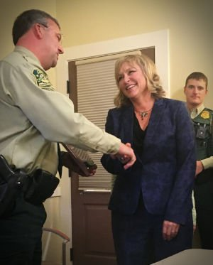 Kristen Pabst receiving US Forest Service Award